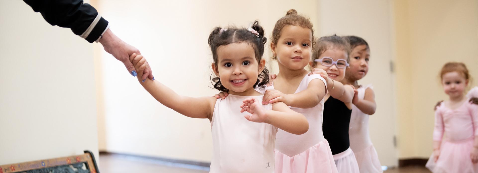 Be part of Broward Dance Programs Club School: Ballet, Jazz, Flamenco